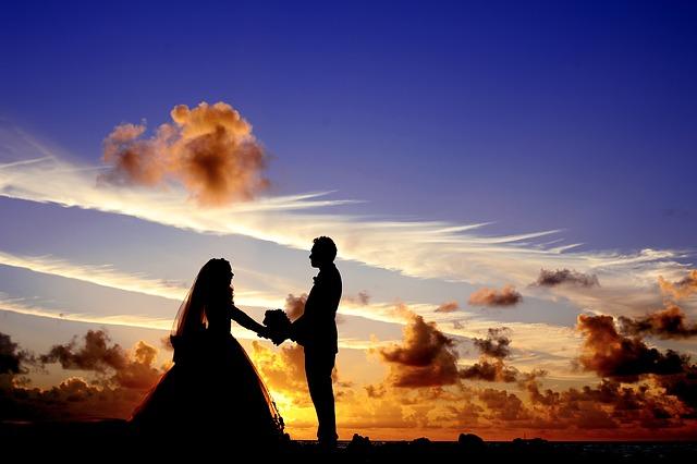 結婚式場にムービーを依頼するメリット