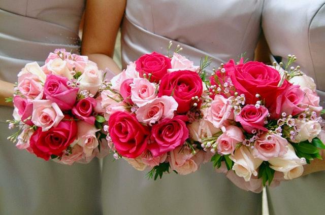 結婚式ムービー特急プランの追加料金はどれくらい?